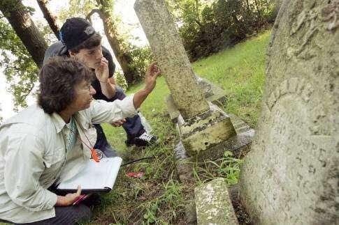 Kirkwood professor mapping Iowa's pioneer cemeteries