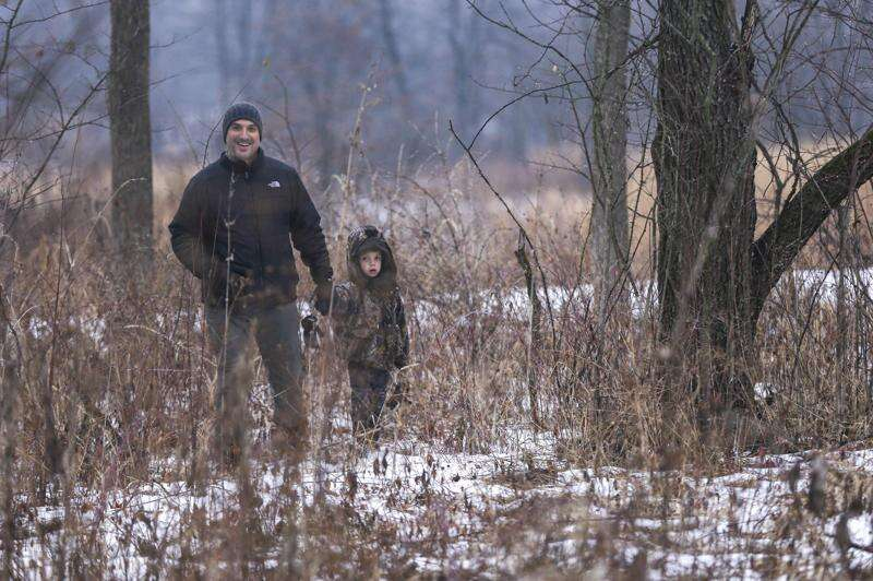 Photos: Winter foraging at Kent Park in Johnson County