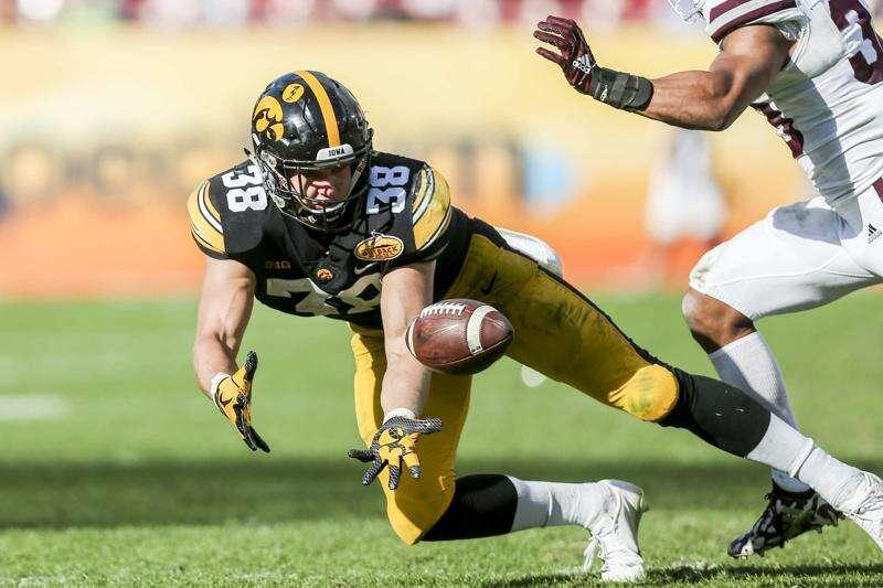 Iowa's T.J. Hockenson headed to NFL Draft