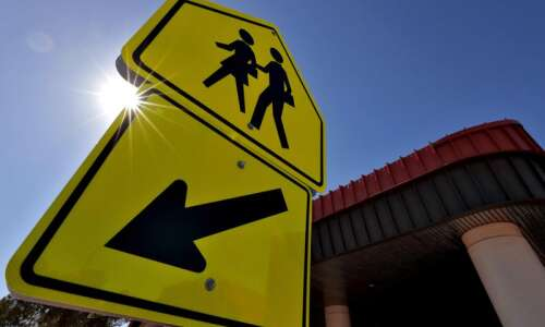School reopening plans: Iowa City to require masks while Cedar…
