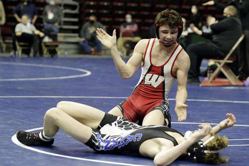 Photos: Class 2A semifinals at the Iowa high school state wrestling tournament