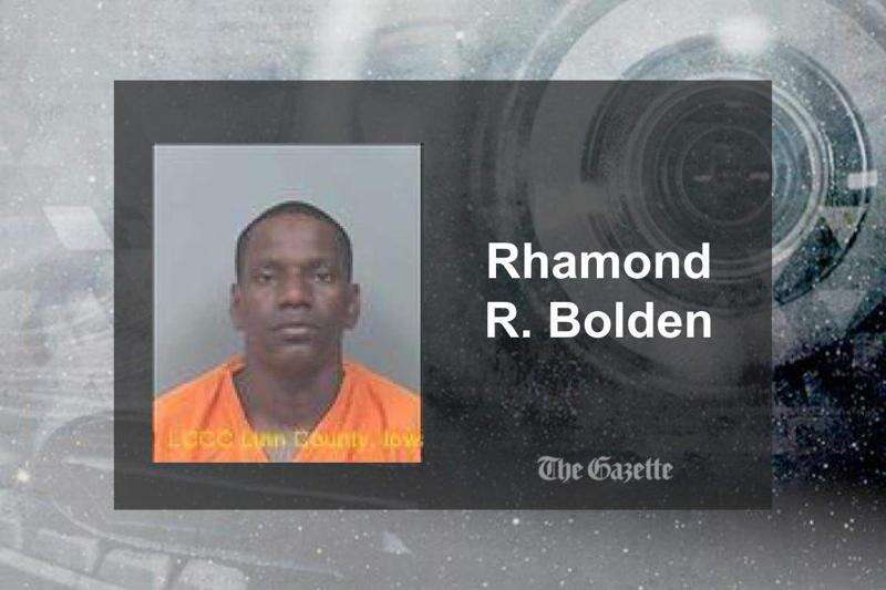 Man arrested after high-speed chase in Cedar Rapids