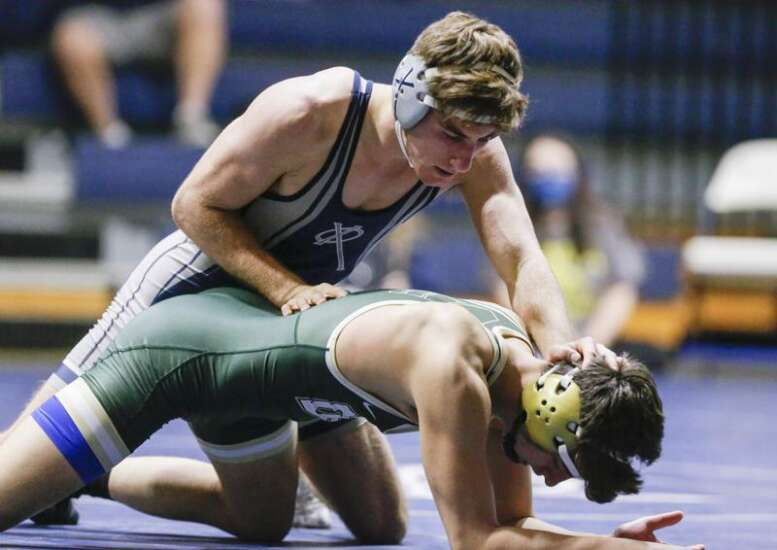 'The fact that we're here is monumental': Cedar Rapids Xavier to make 3A regional duals debut