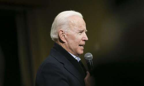 Poll finds Iowa Democrats like their choices, favor Biden