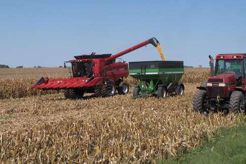 Technology pushes Iowa food production to new heights