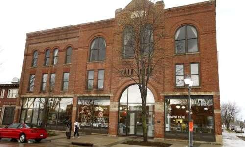 CSPS seeks vendor to run historic Carlo bar