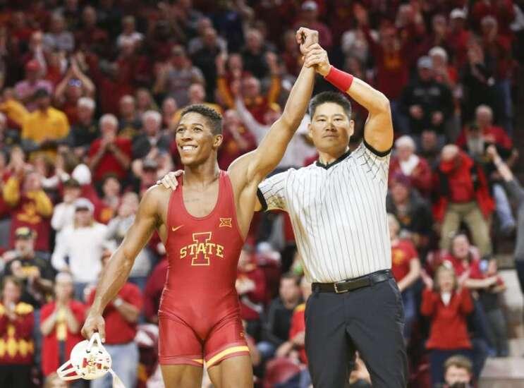 Iowa State's David Carr captures Big 12 wrestling title