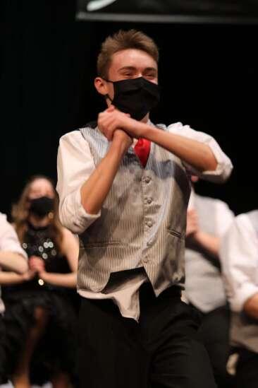 Mt. Pleasant show choir, performer get top honors