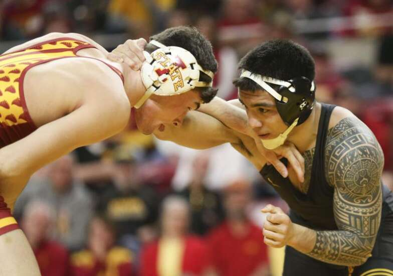 Pinning Combination: A closer look at Iowa's win over Iowa State in Cy-Hawk wrestling