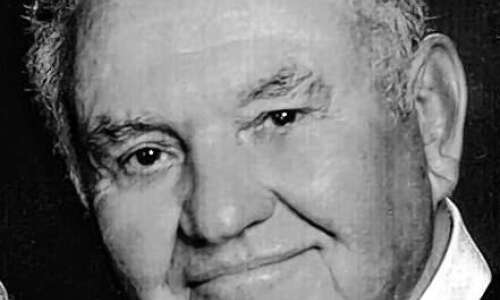 Stanley Lou Bauer