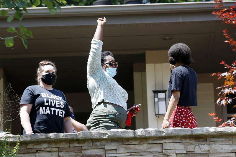 Cedar Rapids Black Freedom Rally brings message to mayor's door