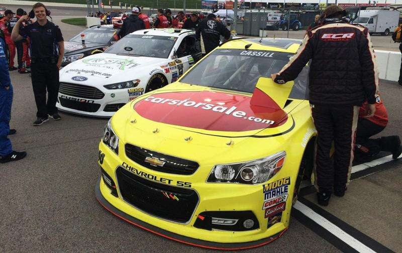 Kansas Speedway provides a learning day for Cassill, Gase