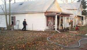 Firefighters stomp blaze in southeast Cedar Rapids