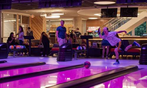 New bowling alley, arcade opens in Iowa City