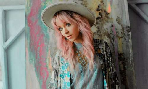 Pop violinist Lindsey Stirling coming to Dubuque