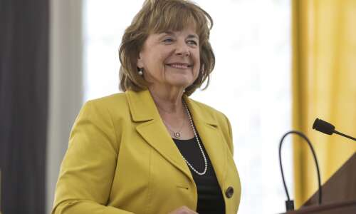 Regents meeting with new UI president to set goals