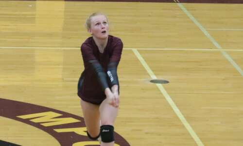 Winfield-Mount Union volleyball bests Mt. Pleasant, Hillcrest Academy in Wilton