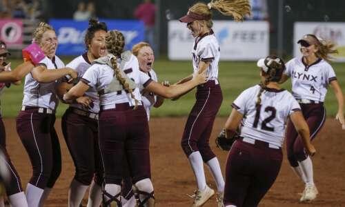 Photos: North Linn vs. Earlham Class 2A state softball championship