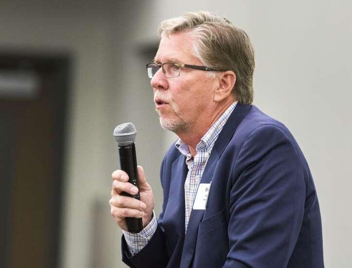 Cedar Rapids mayor candidates want local control on COVID-19 response, but split on mask mandates