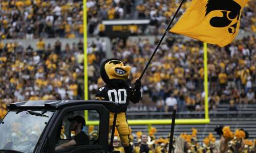 Hawk Off The Press: Recruiting update, Week 1 takeaways