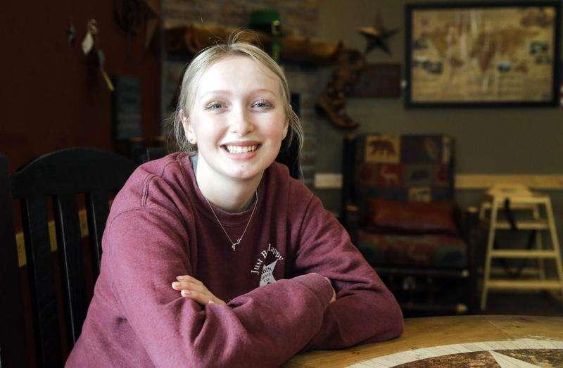 Scholarship opens doors for Mount Vernon High School senior