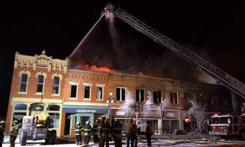 Fire ravages downtown Vinton businesses