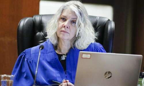 Informal trials speed up family law cases in Iowa