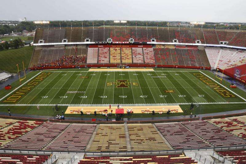 Iowa State reverses course on fans at Jack Trice Stadium