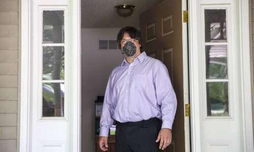 University of Iowa nurse recalls 'low level of dread' in…