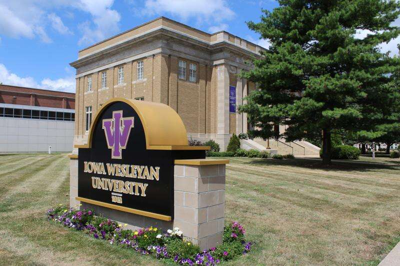 Iowa Wesleyan and Southeastern Community creating alliance eyed as 'innovative model'