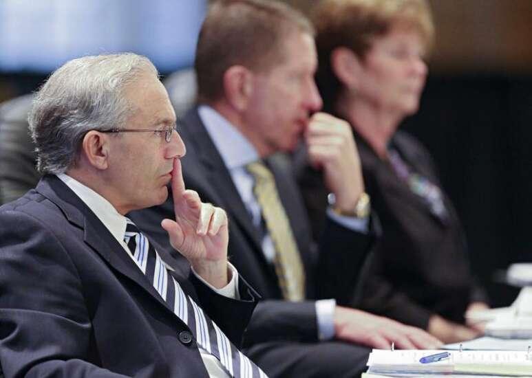 Senators demand regents explain how University of Northern Iowa president search will be different