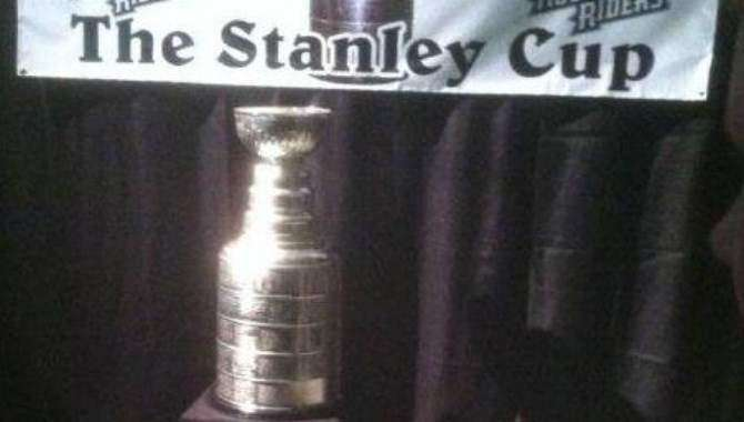 Cedar Rapids is Hockeytown for a day with presence of Stanley Cup