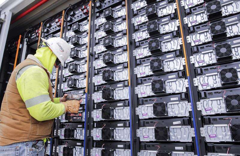 Alliant Energy begins service of battery storage facility in Decorah