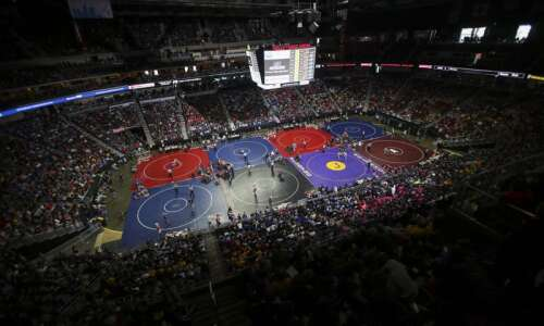 Iowa high school state wrestling notes: 2 girls qualify for…