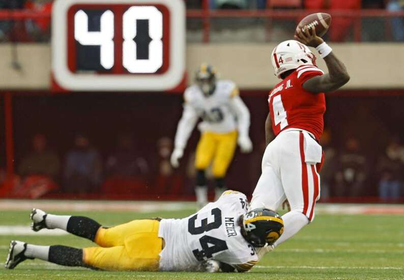 Fourth-quarter pass defense, penalties, turnovers doomed 2015 Cornhuskers