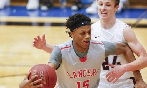 Kirkwood's Corvon Seales has Division I basketball dreams