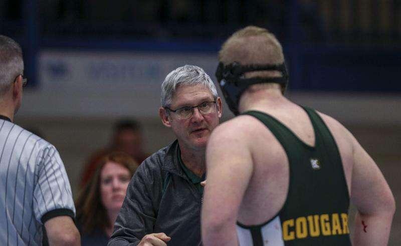 Dennis Hynek resigns as Cedar Rapids Kennedy head wrestling coach