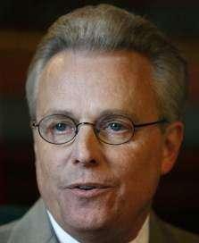 Top Iowa fiscal officials want IPERS cap