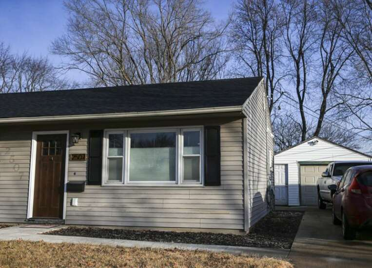 No nest egg, no problem: Cedar Rapids program helps with starter homes