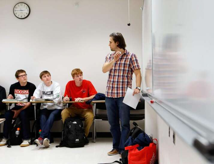 Iowa grad students, colleges grapple with financial concerns