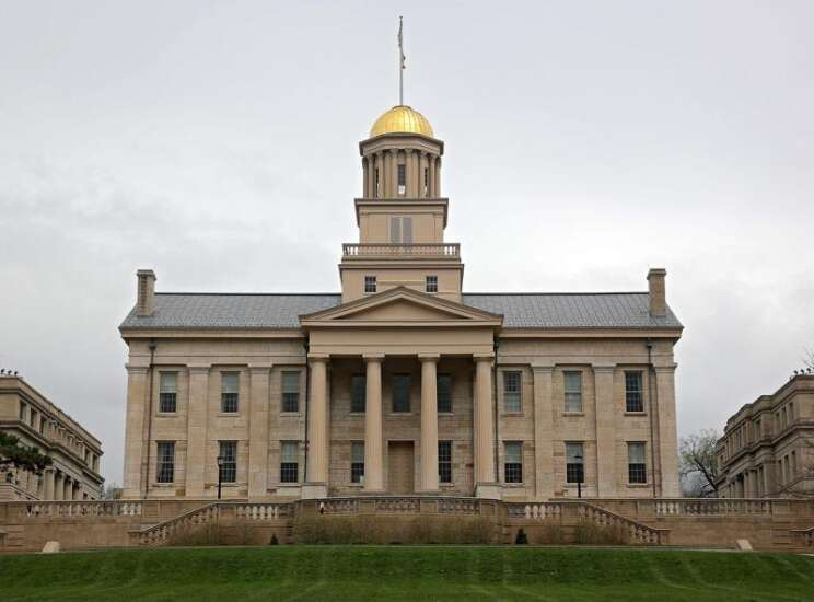 Former University of Iowa police employees sue for discrimination