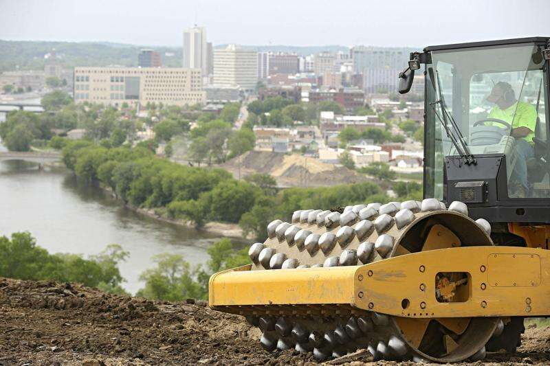 Hiking trails, observation deck work underway for top of Mount Trashmore