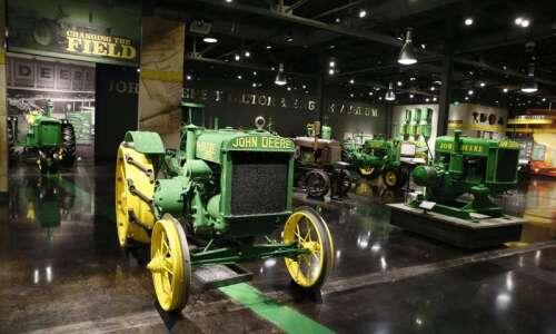 John Deere Tractor & Engine Museum opens in Waterloo