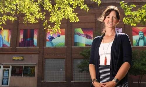 University of Iowa partnership helps small-town Iowa with murals, strategic…
