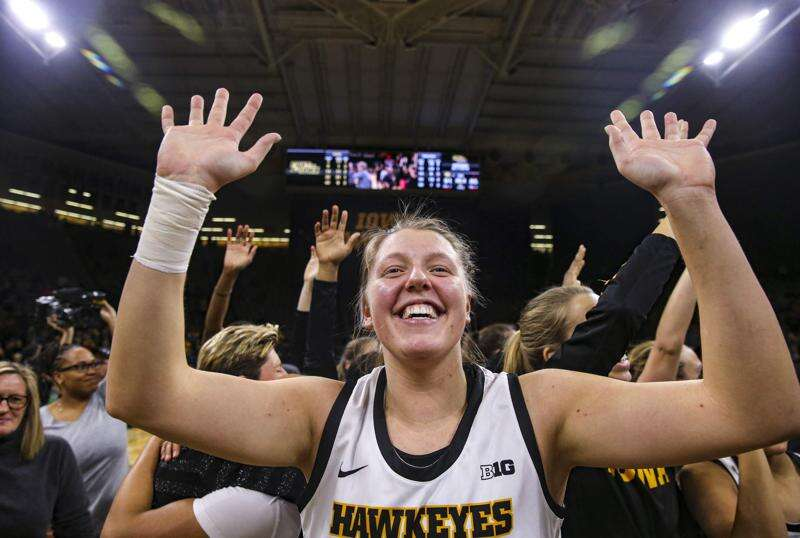 Iowa women's basketball does it again, erasing 17-point deficit to top Wisconsin