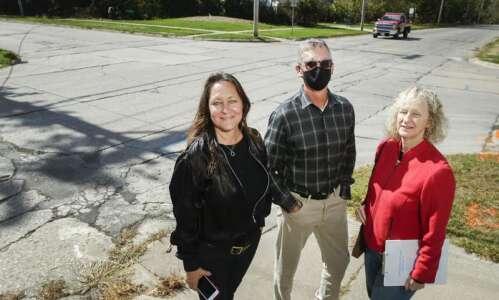 Cedar Rapids reverses plans for roundabout near Washington High School
