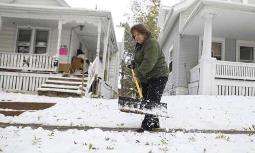 Leave snow on your sidewalk and face $500 fee in…