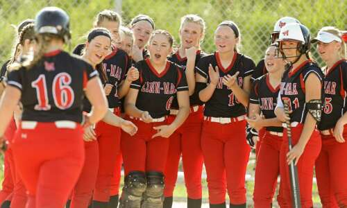 Linn-Mar sweeps Iowa City West, moves to 4-0