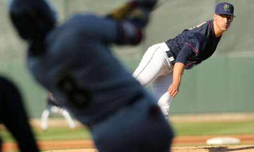 Pitching strong Cedar Rapids, Quad Cities face off in Midwest…