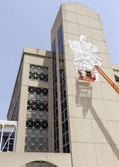 Murals popping up throughout Cedar Rapids